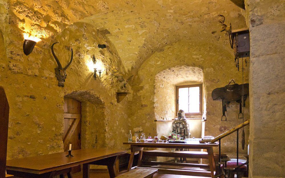 LARP Location Burg Rabeneck - Schänkstatt 1