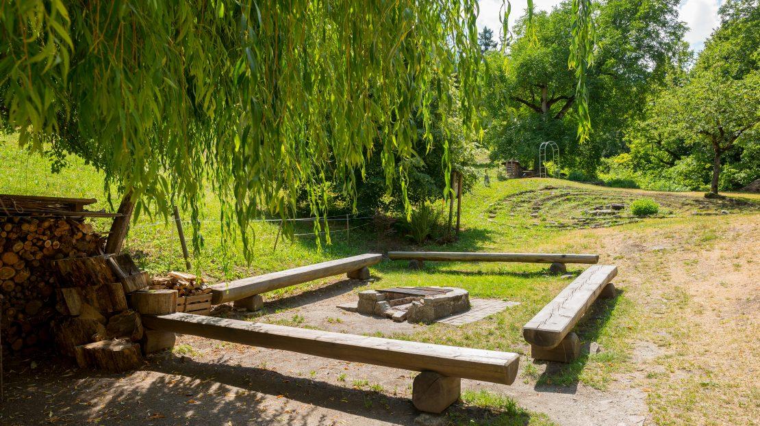 LARP Location Burg Ehrenfels - Grillplatz mit Steinlabyrinth