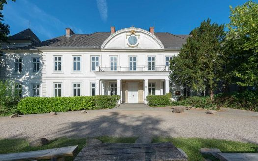 LARP Location Schloss Noer - Aussenansicht vorne