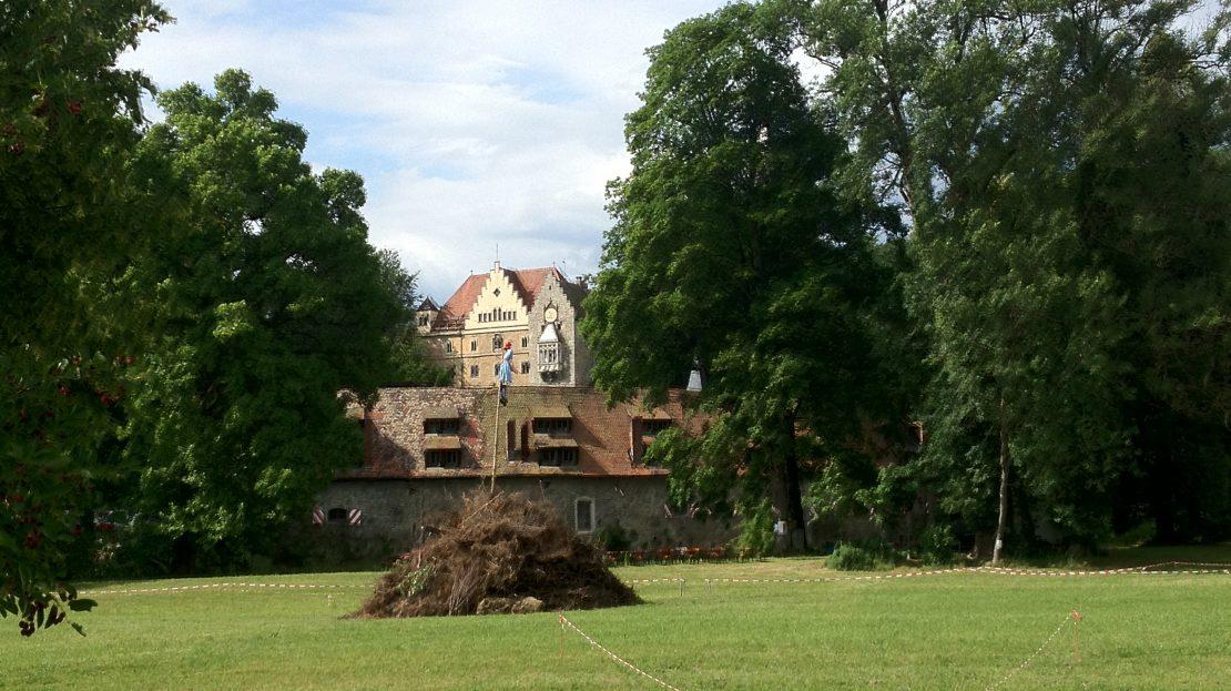 LARP Location Schloss Egg - Schlosswiese