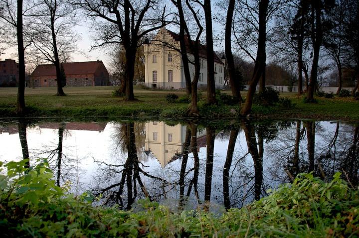 LARP Gelände Gutshaus Penzlin - Teich